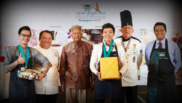 winning-team-tess-bar-kitchen-with-founder-of-dilmah-tea-merrill-j-fernando-and-judges